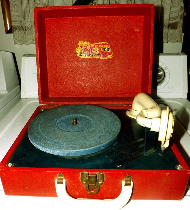 phonograph vintage Vanity fair